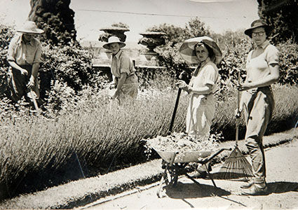 Students in the gardens 1920s-30s