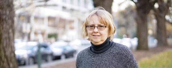 Associate Professor Jenny Lye