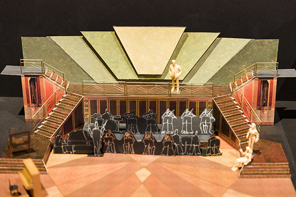 A model depicting a stage set up.